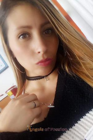 193593 - Yuly Age: 31 - Colombia